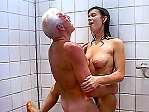 Horny Latina Gets Fucked and Facialized By an Old Man In The Douche