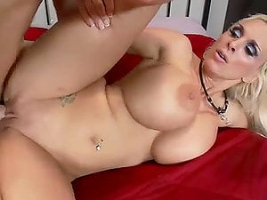 Fucking Buxomy Blonde Cougar Holly Halston in the Arse