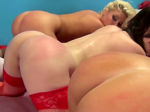Slew Of Hot Honeys In This Awesome Group Hook-up Fucked Missionary