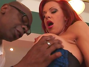 Sandy-haired Cougar takes big black shaft in her cock-squeezing bum
