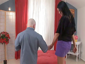 Nasty Carmen Black gets her vagina drilled by a midget
