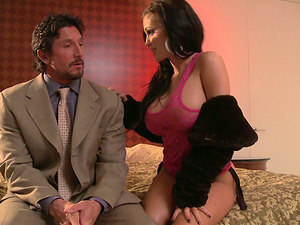 Hot Cougar Jenna Presley with Big Tits Gets Wild Down on that Manstick!