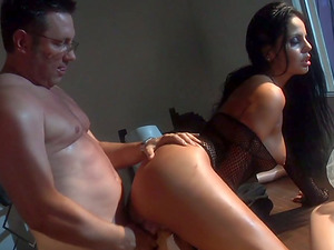 Cougar in Fishnets Gets Fingerblasted and Fucked at Work
