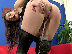 Nasty Mona Lee pisses and uses different fucky-fucky fucktoys