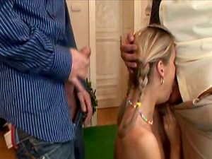 Ponytailed blonde Cloe T gets her vulva and caboose smashed in MMF clip