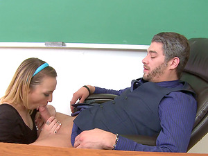 Cowgirl With Faux Tits Gets Worked On Xxx With Her Lecturer
