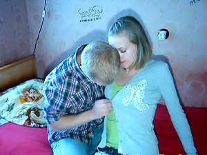 Pretty Teenager With Petite Tits Luving A Gonzo Missionary Style Fuck In Her Bedroom