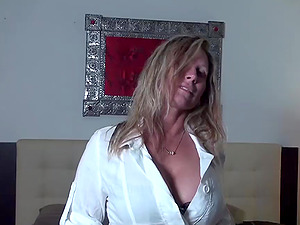 Huge-chested blonde mummy deepthroats on a big man sausage until it cums in her mouth