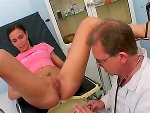 A visit to a doc converts into FFM threesome banging