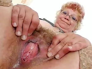 Spectacular Mature Lady Touches Herself In A Hospital Room
