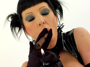 Hot Caboose Lesbo Shares A Ciggy And Buttfuck Wide open