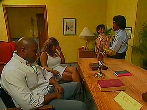 Black In High High-heeled shoes Gets Pounded In MMF Threesome