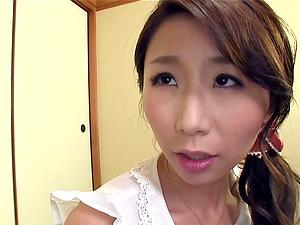 Japanese mom, Ayumi Shinoda, favours a dude with a tit-fucking