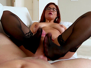 Selena Kyle gets fucked in a hot suck off and bang act