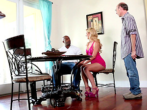 Cheating make-out with milky wives and big black dudes