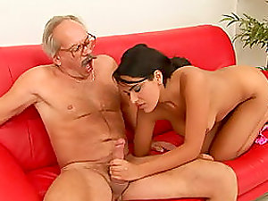 Smokikng Hot Dark-haired Takes An Old Man's Man rod For A Rail