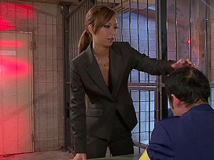 Nasty Asian lawyer gives her customer an orgasmic fellatio in jail