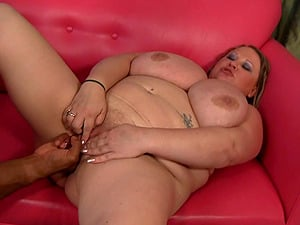 Sporty bbw coping with her trainer's big black penis