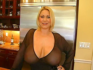 Nasty mature blonde tempts a youthful repairman and fucks with him
