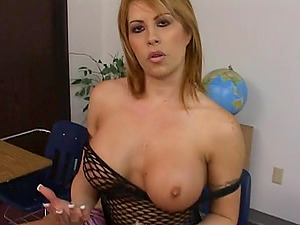 Big tit woman in fishnet bodystockings drops to her knees and blows