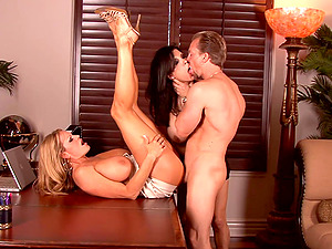 Charming blonde groans in pleasure in a twat pounding ffm orgy in an office shoot