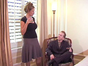 Bubbly blondes inhales a big manstick ahead of a thorough drilling in a utter bod ffm rubdown