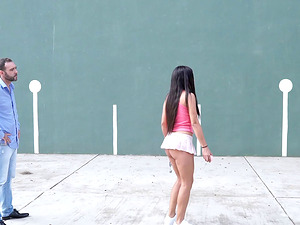 Striking tennis player with big tits agrees to rough pounding at the field