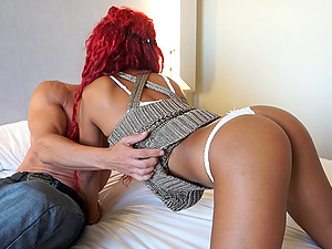 Black honey with the stunning crimson hair uses her abilities to rail the jizz-shotgun
