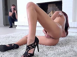 Sexy glasses on a flawless figure stunner getting fucked