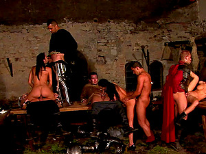 Knights around the table have an orgy with sexy cocksluts