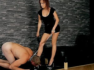 Tethered sub does whatever his gorgeous mistress instructions