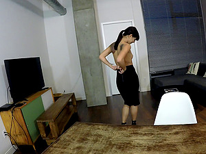 Gonzo Point of view humping for the hypnotizing Gina Valentina