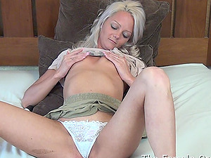 Big Puffies and Lips Masturbates to Numerous Jiggling Orgasms