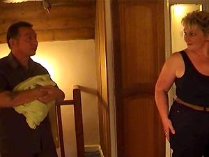 Chubby grandma gets a rubdown and a dick heterosexual in her vulva