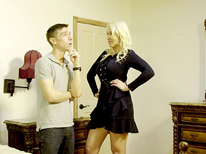 Blonde vixen Deanna Dare opens her gams for a big dick