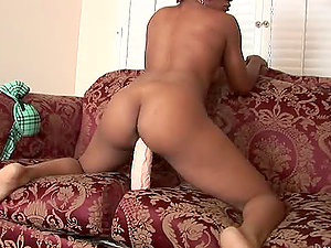 Chesty dark-hued stunner with booty culo slams a big fuck stick in her twat