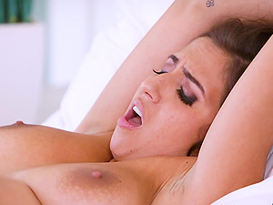 April O'Neil is excited about Carter Cruise's hot body