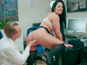 Main office slut Candi Kayne meeting the new employee and welcoming him