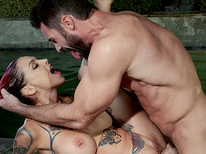 Anna Bell Peaks cannot resist a handsome lover's skillful touch