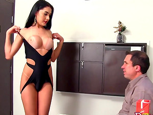 beautiful shemale Mariana Lins takes 2 dicks in her ass