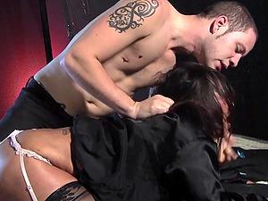 Lusty fella undresses Ava Devine to dip his wiener into her pie