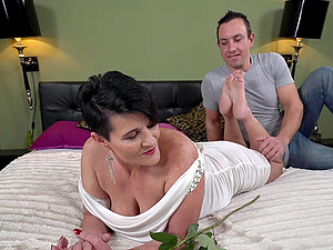 Gilf Dolly Bee having her throbbing pussy penetrated big time
