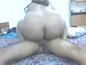 He give his wife Desi to a friend for fuck