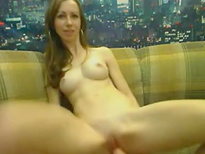 Sexy Russian blonde makes her pussy wet