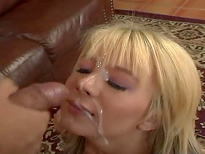 Horny stunner Ashley Lace give the best bj ever