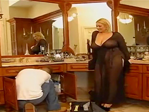 Norsk fat milf get some good pussy action with a horny guy