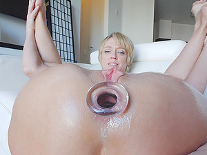 Nothing pleases kinky girl Dee like playing with long sex toys
