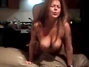 Guy gets his cock blown and gives quickie fuck to her neighbor girl