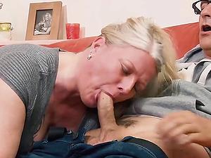 German MILF has her pussy stuffed