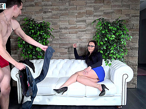 Wendy Moon jerks him off while he fingers her pussy and cums